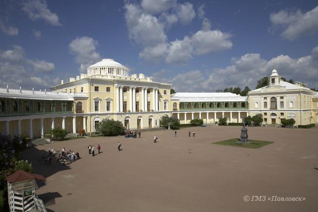 Павловск принимает участие в Международном дне памятников